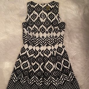 Just... Taylor Black and White print dress